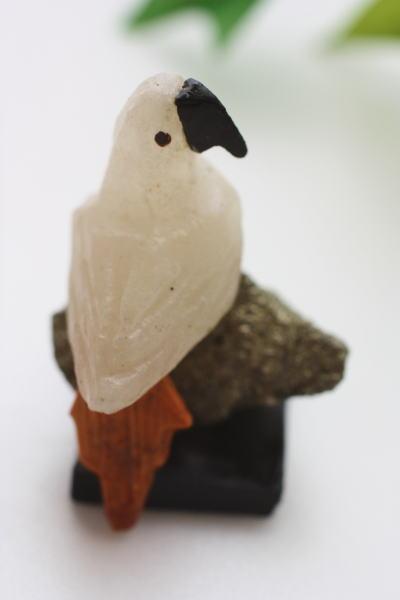 カルセドニー白い鳥 天然石