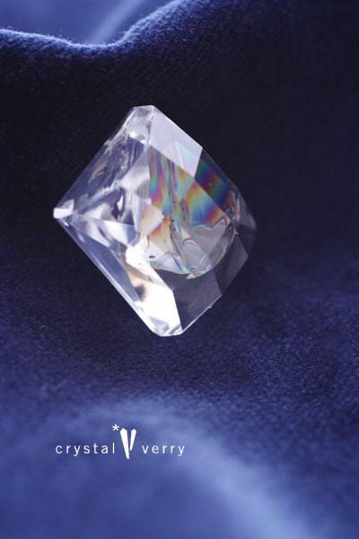 レインボー水晶 スクエア型