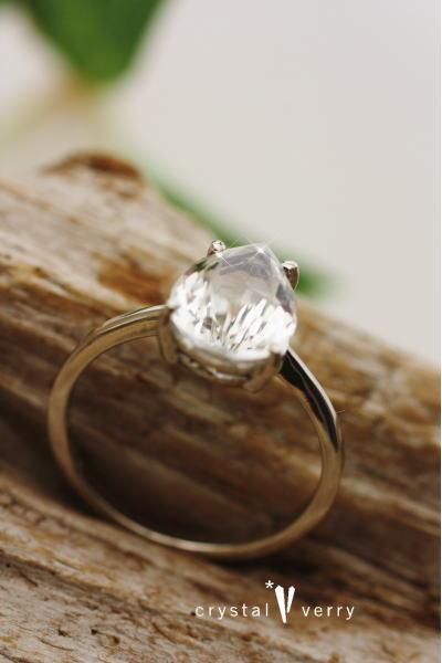 水晶 雫型 パワーストーン 天然石 ホワイトゴールド リング 指輪