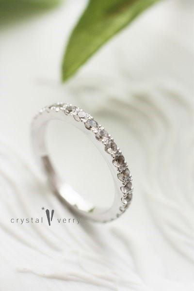 水晶 フルエタニティ リング 指輪 ブライダル ホワイトゴールド エンゲージリング 婚約指輪