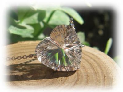 水晶 ハートカット クリスタル 天然石 パワーストーン ペンダント